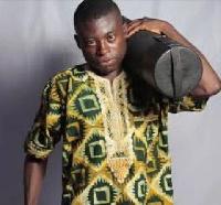 Togo Borga, Comedian and braggart