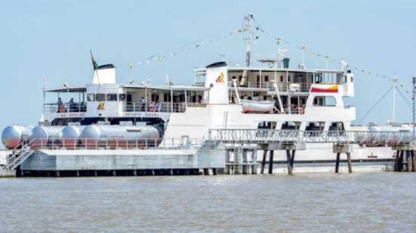 The MV Uhuru carrying fuel-loaded wagons