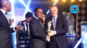 Kwabena Duffuor Receives The Award