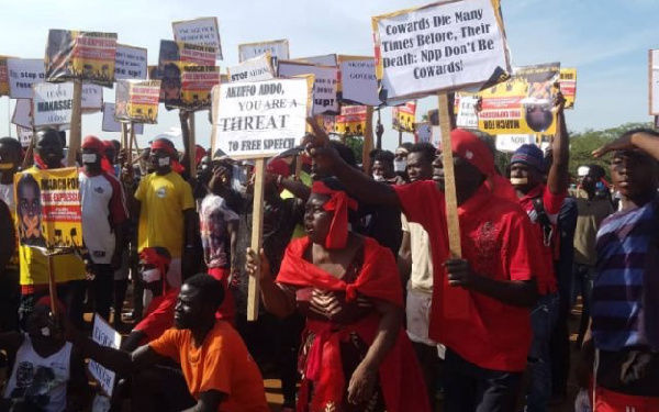 The protest follows the closure of Accra-based Radio XYZ, Radio Gold and other media houses