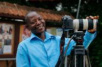 David Andoh wins Photo Journalist of the year 2017 at the GJA Awards