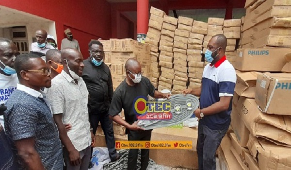 MP for Manhyia South,  Dr. Matthew Opoku Prempeh donated 613 pieces of LED street bulbs