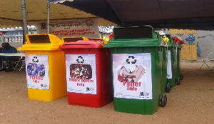 About 67 basic schools in the municipality were supplied with free bins