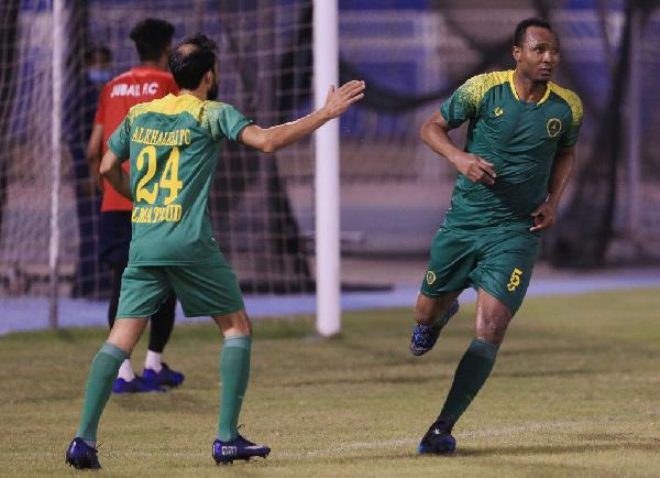 Latif Amadou scores for Al-Khaleej in a narrow win over Al-Jubail