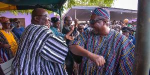 Bawumia Mahama Elbow