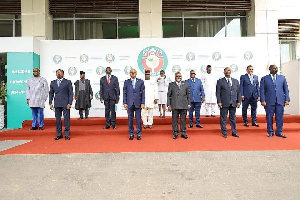 ECOWAS leaders in a group photo after the Accra summit of September 16
