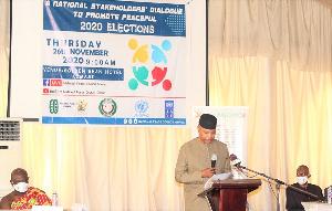 Dr. Mohamed Ibn Chambas delivering his address