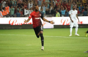 Patrick Twumasi is contracted to Deportivo Alaves till June 2022