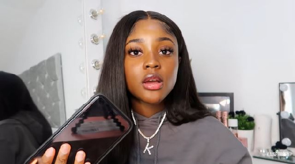 'Year of Return': Lady narrates how she bought back her iPhone from Circle