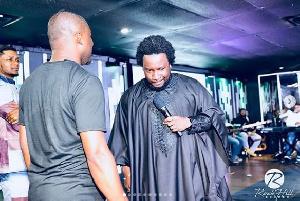 Pastor Sonnie Badu