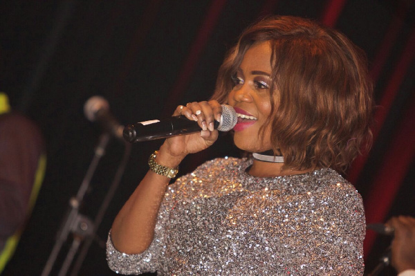 The concert was nearly marred by an 'egg-attack' on Mzbel by one of the attendees