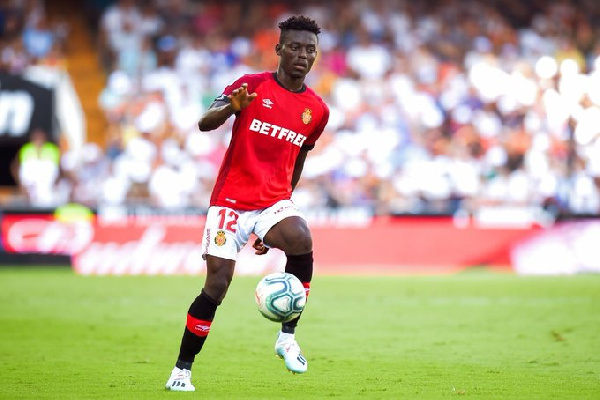 Baba Mohammed gives away penalty as Real Mallorca stumble against Sevill
