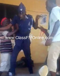 Angry mob captured besieging the police station amidst war chants
