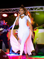 Wendy Shay exhibits artistic masterpiece at her 'Survival Concert'