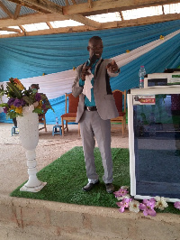 Pastor of Living Grace Ministry International (LGMI), Reverend Isaac Hinneh