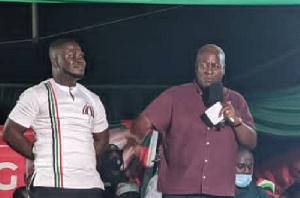 Frank Amoakohene with ex president John Mahama during 2020 campaign