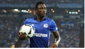 Baba Rahman has completed his move to Schalke