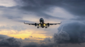 Airplaneinclouds Ponepluck Gettyimages Orig