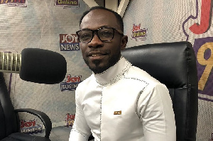 It's wrong for people to insult Emelia Brobbey over her song – Okyeame Kwame