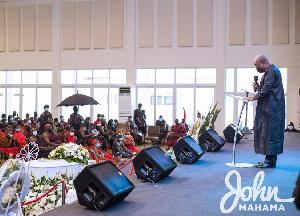 Former President John Dramani Mahama addressing the crowd at the late Baffoe Bonnie's burial service