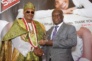 Mr. Samson Effah Apraku receiving his award