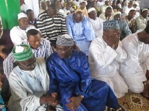 File Photo: Dr. Alhaji Mahamudu Bawumia with muslims