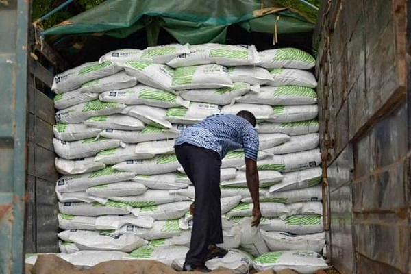 A truck loaded with fertilizers being smuggled