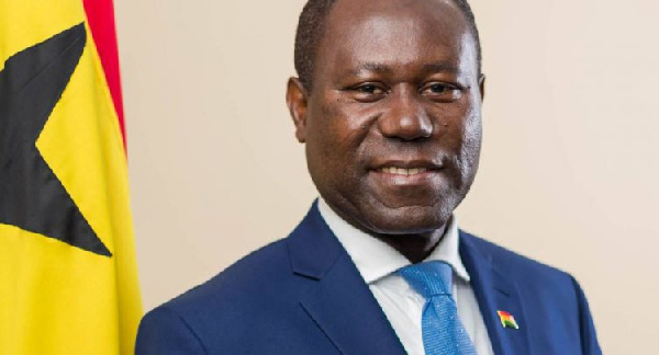 COCOBOD boss tours Western South Region