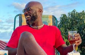 Kwabena Kwabena, Ghanaian highlife musician
