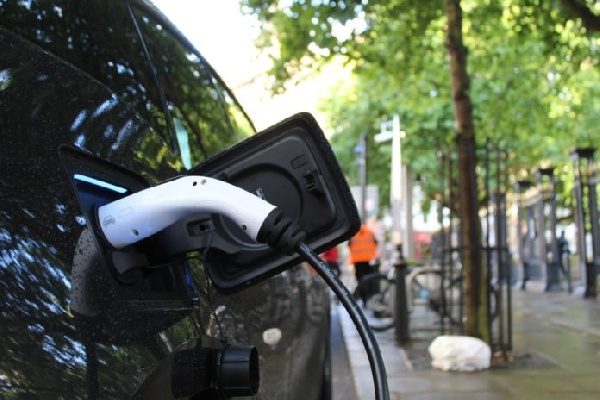 Demand for raw materials for electric car batteries set to rise further