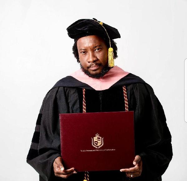 Sonnie Badu announced he has obtained three degrees in four months