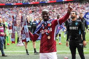 Aston Villa Albert Adomah
