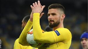 Olivier Giroud: Dan wasan Chelsea ya kammala zuwa AC Milan