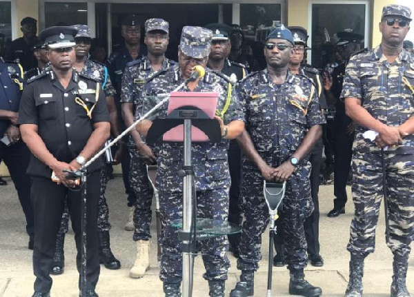 Police warns to ruthlessly deal with criminals who may strike on Xmas