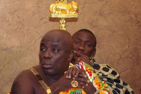 Okyenhene 'fights' Afede on 'No Vote' statement