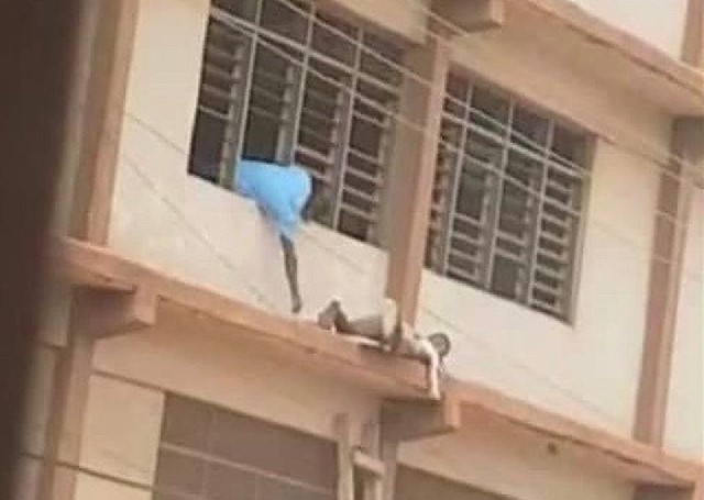 WASSCE 2020 :Man caught climbing Ladder to submit 'answers' to Students 1