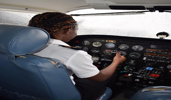 Meet Ghanas Youngest Female Pilot 21 Year Old Audrey Who Almost