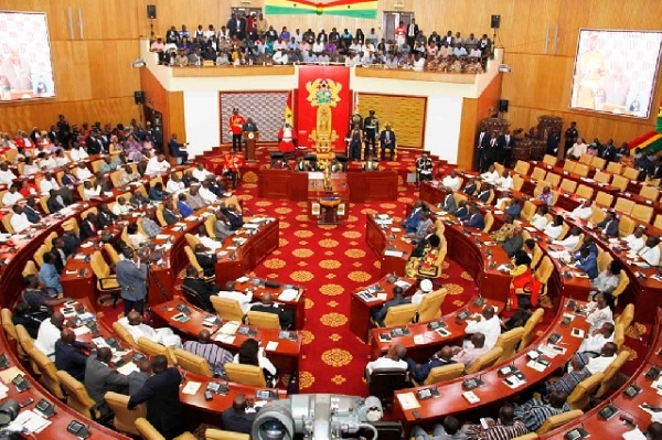 Bill allowing dual citizens to hold top public positions gazetted
