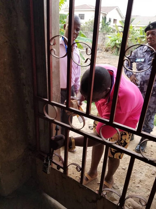 Police officers, land guards terrorize Tema Community 18 resident, kill 50-year-old woman 1