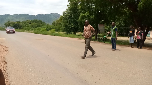 #GhanaWebRoadSafety: Residents of Okuenya beg for ramps to curb overspeeding on their roads