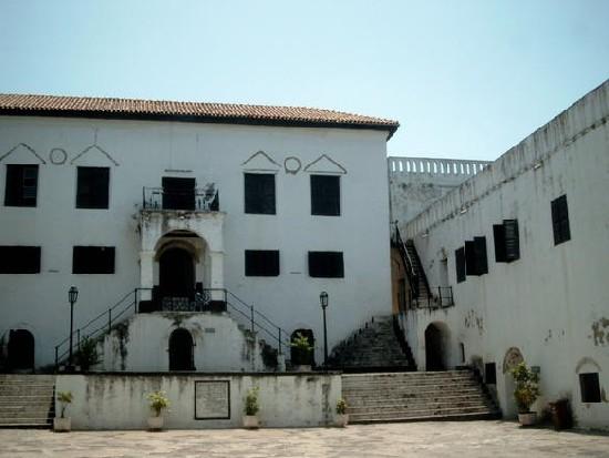 main stairs (Elmina castle)