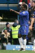 Essien Scores First Goal for Chelsea