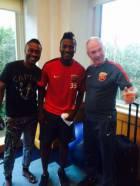 Asamoah Gyan meets Shanghai SIPG coach (photos)