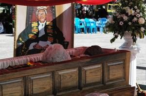 Last respects to Justice Annan