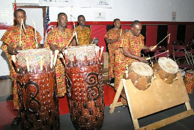 Afriyie Fontomfrom Cultural Troupe of AFUS
