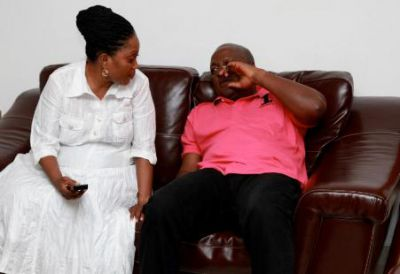 Photo Story: Mahama takes it cool at home after victory
