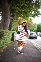 Akosua Vee teaches us how to style the over-sized T-shirt