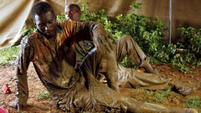 Zimbabwe flooding: Nine rescued from Kadoma mine shaft