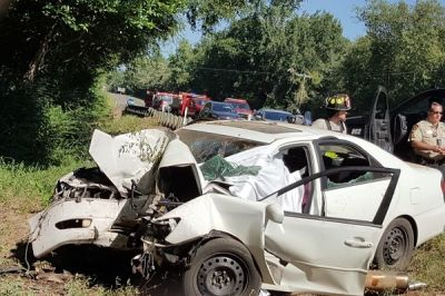 Man loses wife and two kids in fatal accident; appeals for burial funds