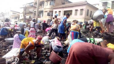 PZ Building Fire: Mad rush for charred products